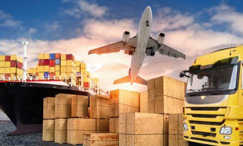 LKW, Flugzeug und Schiff mit Transportkisten als Symbol für den internationalen Handel